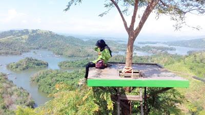pemandangan-bukit-matang-kaladan-banjarbaru