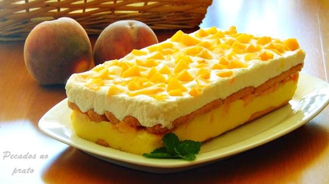 Pavê de pêssego uma sobremesa fresca e delicada
