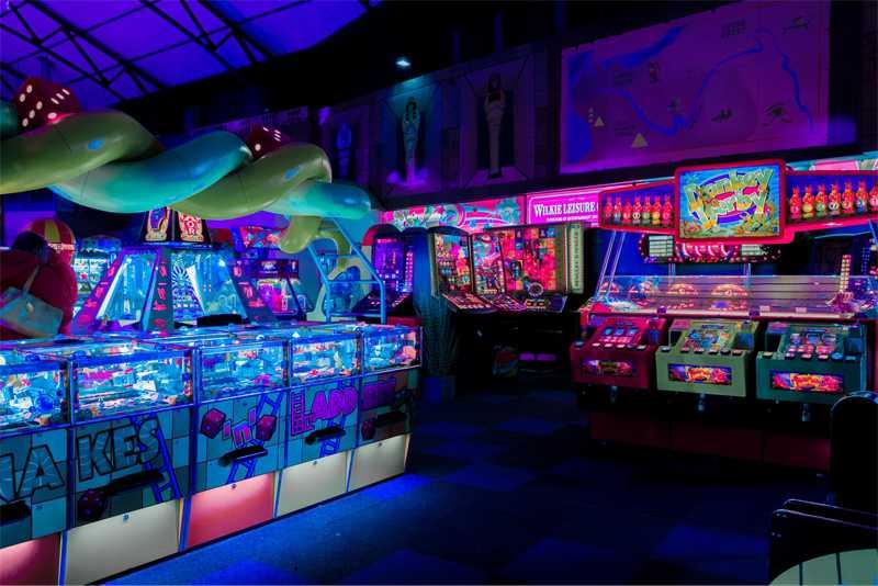 5 Retro Arcade Games