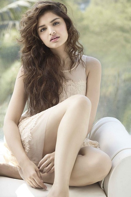Model Tara Alisha very Hot Photoshoot