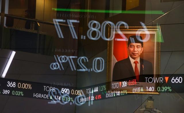 Rupiah dan IHSG Keok, Ekonom: Pasar Kecewa terhadap Menko Perekonomian yang Baru