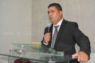 Morre pastor evangélico, vítima de acidente entre utilitário e Kombi em Piaçabuçu