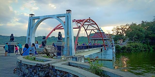Kisah Goa Kreo, Menurut Warga - jembatan