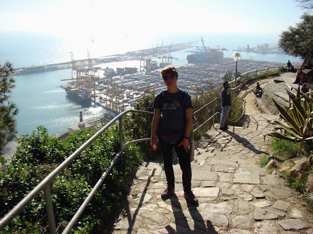 Widok na port handlowy ze wzgórza