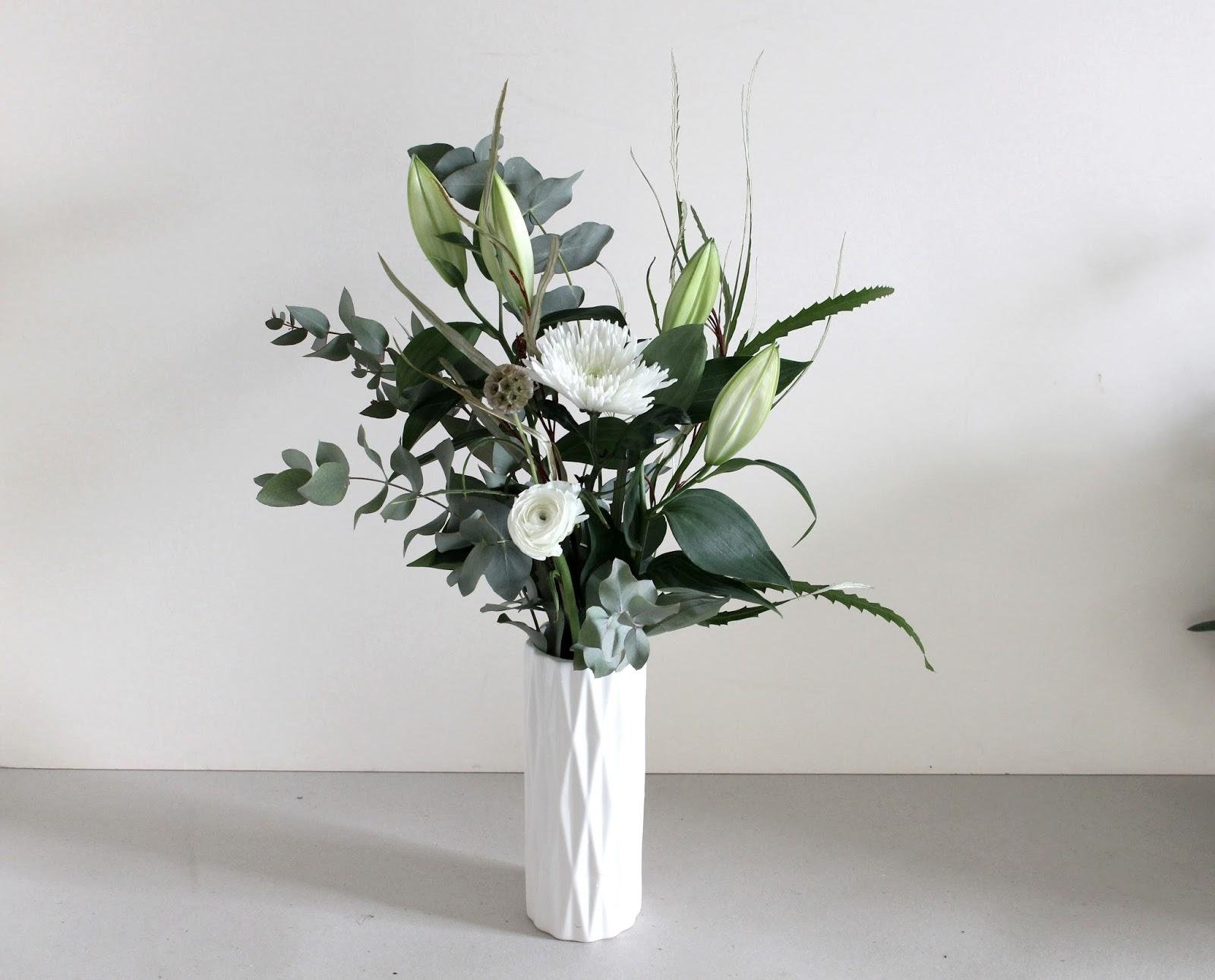La petite boutique de fleurs fleuriste mariage lyon for Livraison fleurs lyon