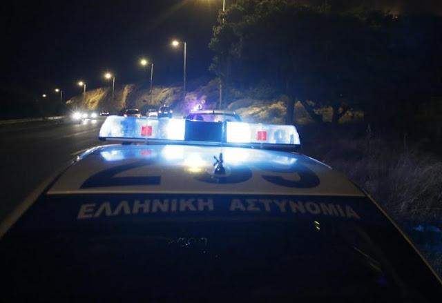 Παπάγου: «Τσάκωσαν» πλαστογράφο με το όπλο της αστυνομικού φίλης του!