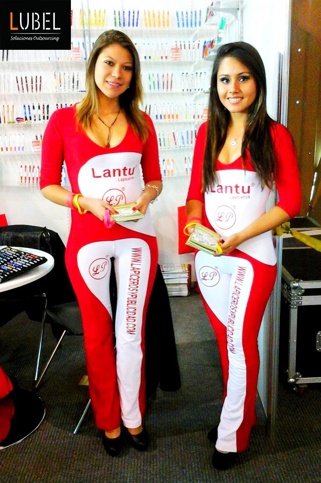 Anfitrionas de Lubel Arequipa en feria Grafinka para Lantu Lapiceros