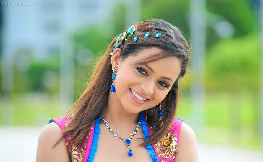 Simple Girl Actress Newbollywood: South Indian Actress Hd Wallpaper,Best Collection Of South