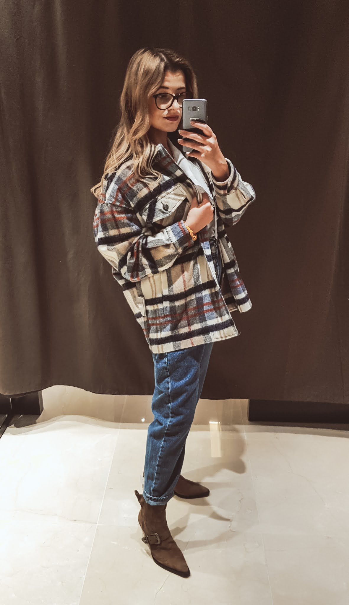 Wełniana kurtka koszulowa Zara.