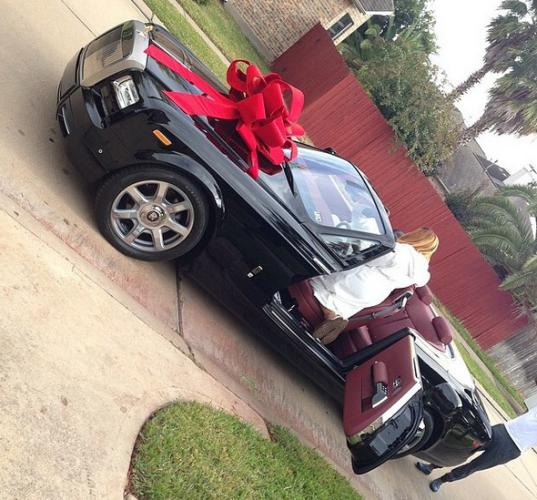 pics warri billionaire ayiri emami buys wife rolls royce as