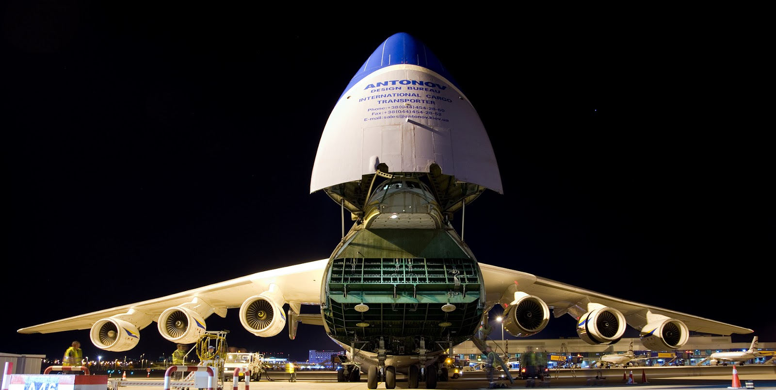 Antonov An-225 Nose Retracted Open While Loading-Unloading
