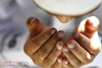 teks lafadz kalimat bacaan doa istighfar