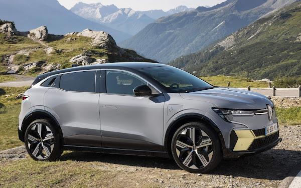 Renault Mégane E-Tech Electric chega ao mercado em 2022