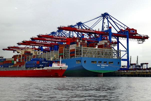 Hafenfaht, Hamburg, Containerhafen, Containerschiff, Container, Mol, Line, Schiff, Hafenkran
