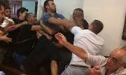 Βόλος: Έπεσε ξύλο στο δημοτικό συμβούλιο