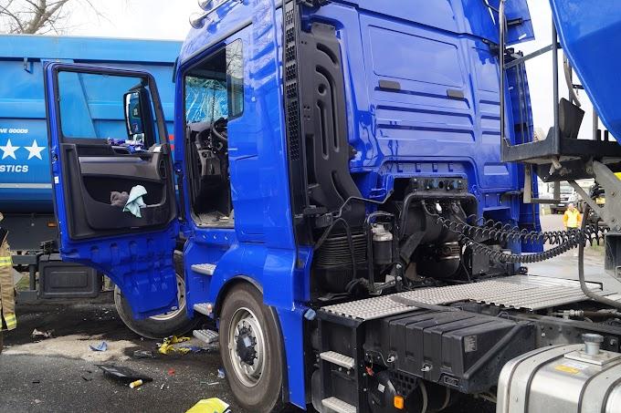 LKW-Unfall auf B100 bei Roitzsch