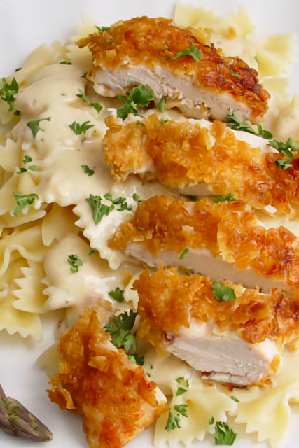 Crispy Chicken with Italian Sauce and Bowtie Noodles