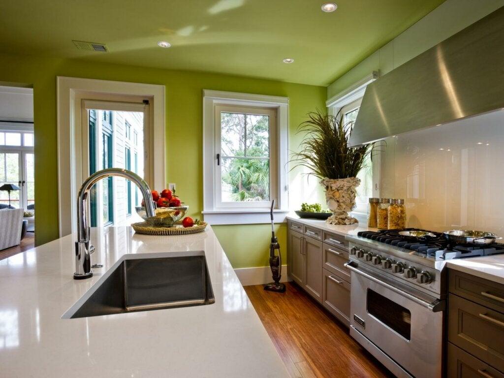 cara-memutuskan-warna-apa-untuk-mengecat-dapur