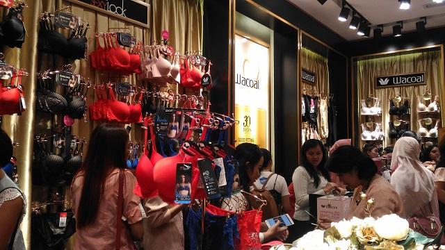 Store Visit Wacoal Indonesia