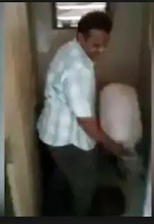 steet food using toilet