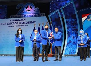 SBY Dapat Penghargaan Lifetime Achievement Dari Partai Demokrat