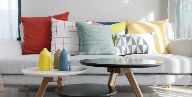 7 Tip Merawat Sofa Minimalis Modern Agar Tetap Awet dan Bersih