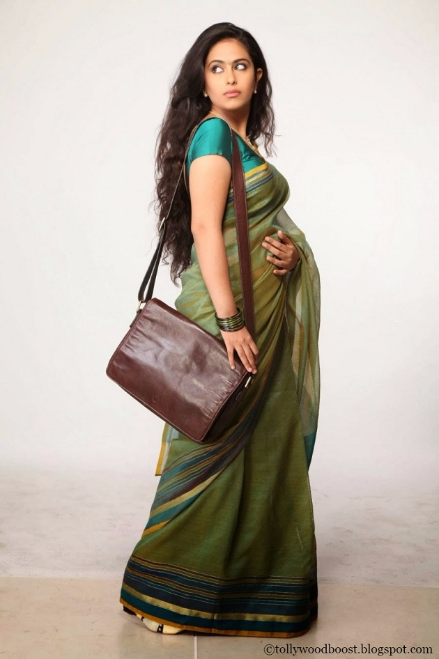Avika Gor Photos In Designer Green Saree