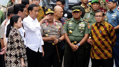 Jokowi, Presiden Jokowi, Pancasila, NKRI, Bhineka Tunggal Ika, TNI, Polri, Jokowi gebuk, gebuk ormas anti Pancasila