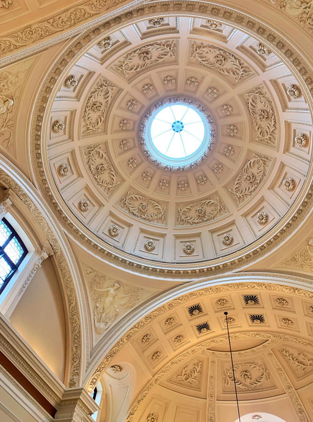 Bath architecture - Emma Louise Layla, UK travel & lifestyle blog