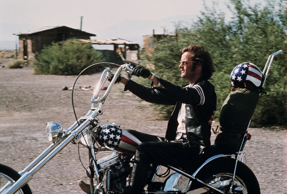 20 Amazing Vintage Photos of Peter Fonda as Wyatt in 'Easy Rider' (1969)