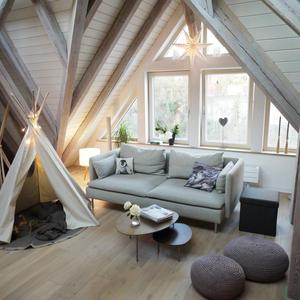 Außergewöhnlich Wohnideen Wohnzimmer Dachgeschoss Ideen Modernen .