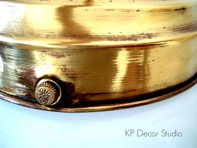 Lámparas antiguas de techo doradas