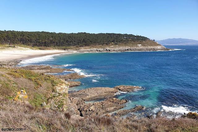Playa de Melide vista desde Cabo Home