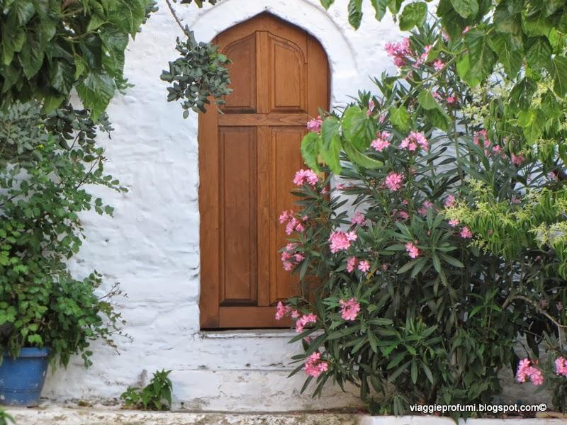 Porta di abitazione tipica, ad Alonissos