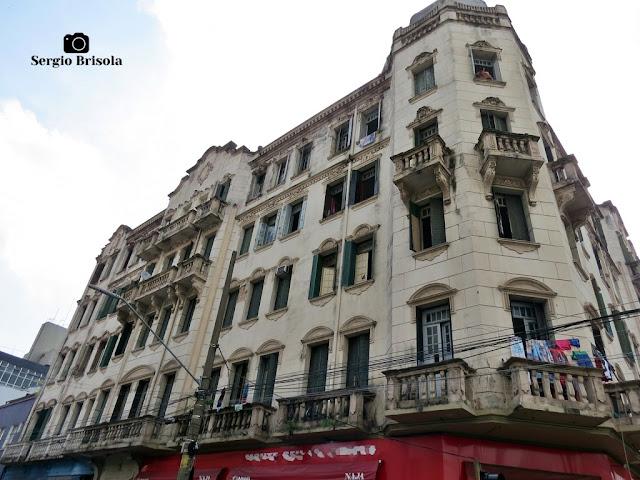 Vista ampla da edificação do antigo Palacete Lellis - Santa Efigênia - São Paulo