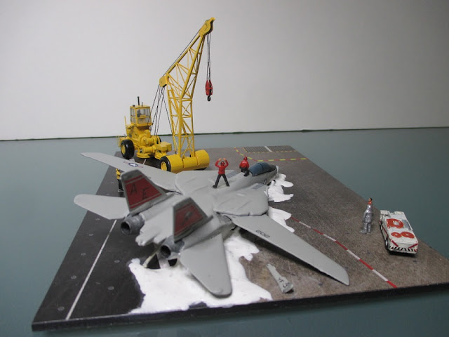 1/144 Crash Crane F-14 Tomcat diecast metal aircraft miniature