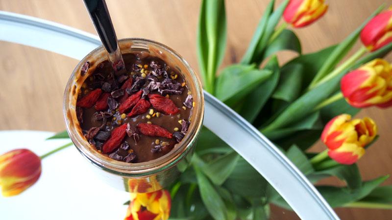 Reseptit: Terveellinen suklaachiavanukas