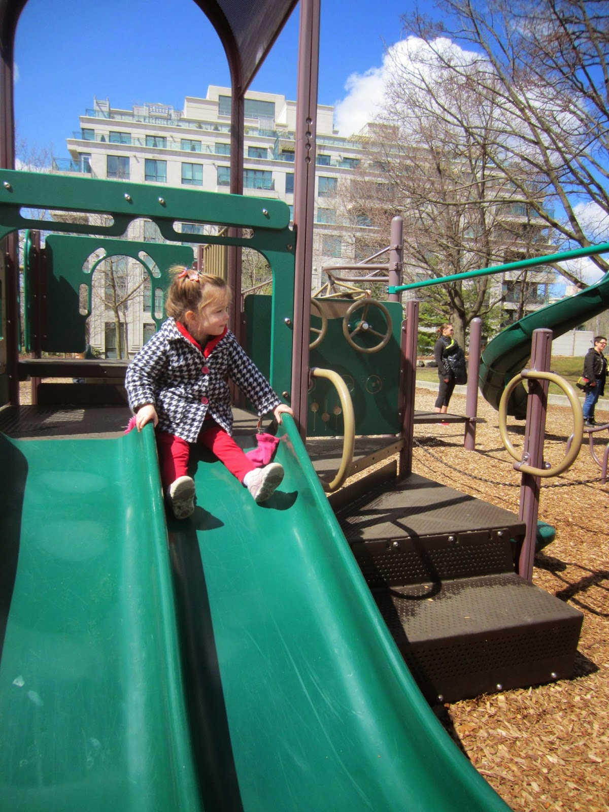 Pricefield Road Playground Review Toronto