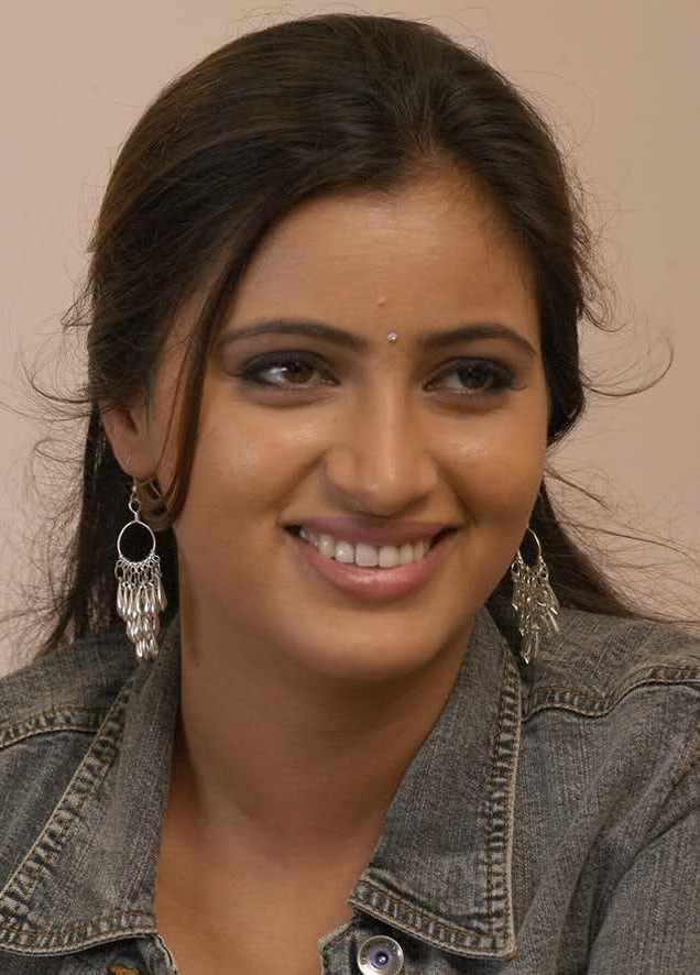 Gorgeous Indian Punjabi Actress Navneet Kaur Beautiful -7213