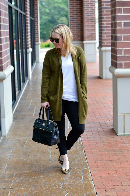 olive-green-leopard-fall-outfit