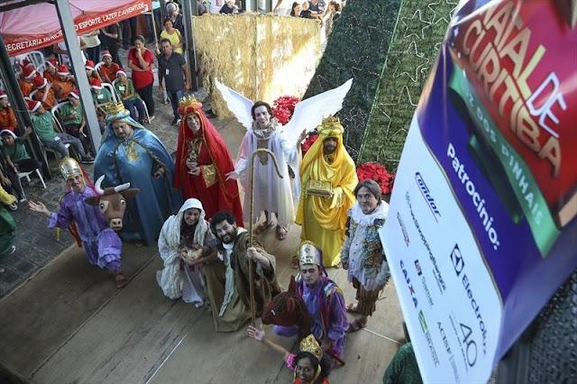 Espetáculo natalino encanta os curitibinhas do Boa Vista