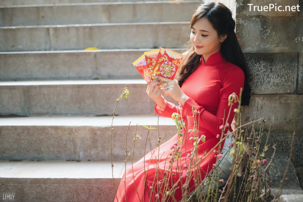 Image-Vietnamese-Model-Beautiful-Girl-and-Ao-Dai-Red-Vietnamese-Traditional-Dress-TruePic.net- Picture-8