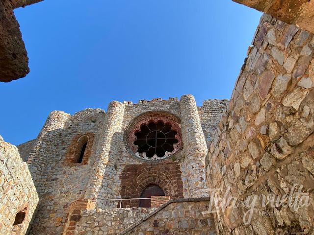 Castillo Calatrava la Nueva iglesia