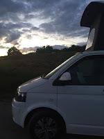 camper op pad wohnmobil womo vanlife camperbus