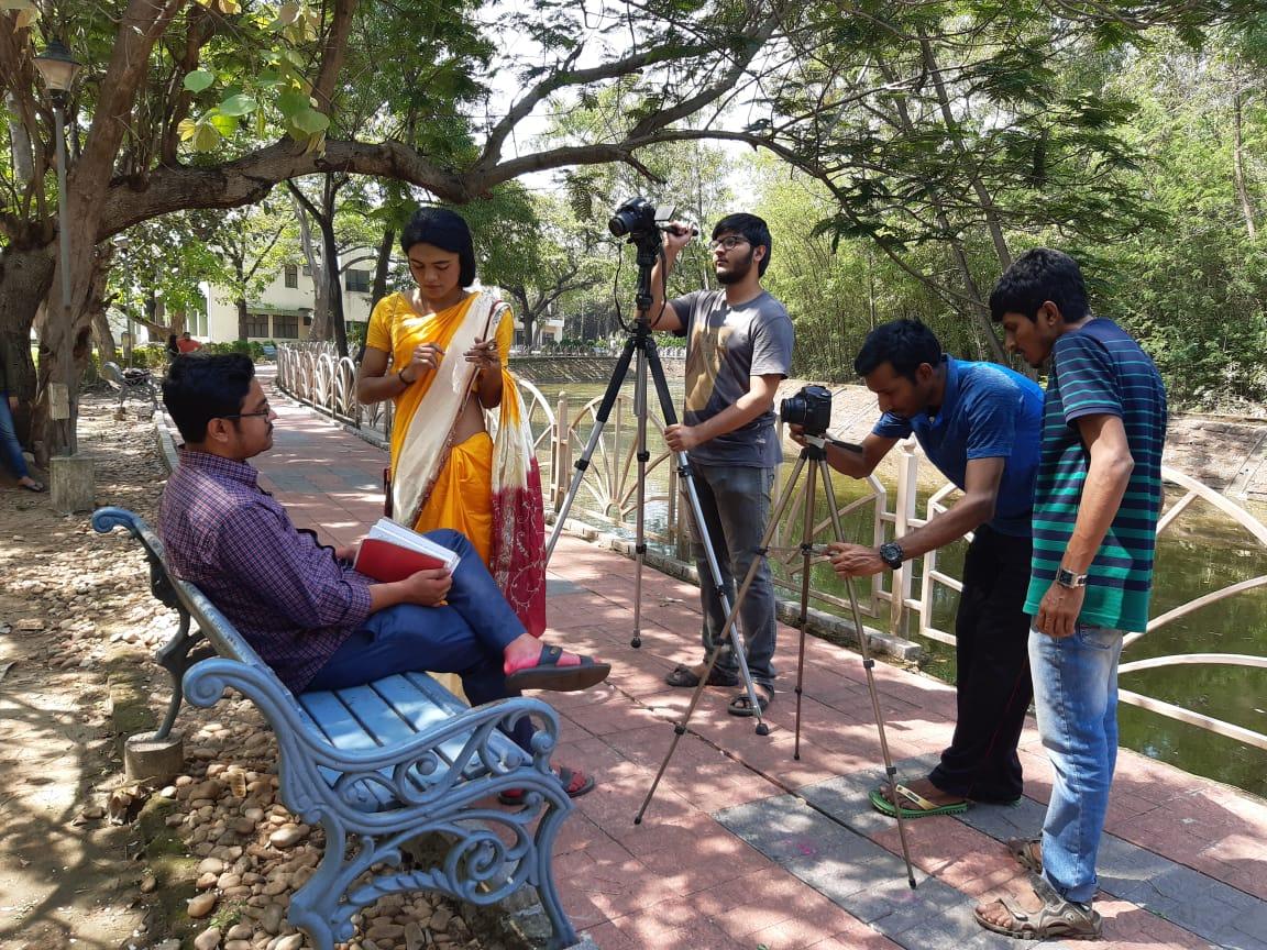 কলকাতা আন্তর্জাতিক চলচ্চিত্র উৎসবে 'তৃতীয় মাঠে'র খোঁজে আইআইটি খড়গপুরের শাওন 7