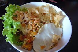 Kuliner Tangerang Mie Dahsyat Peudes: Menu Baru Berlimpah Ayamnya
