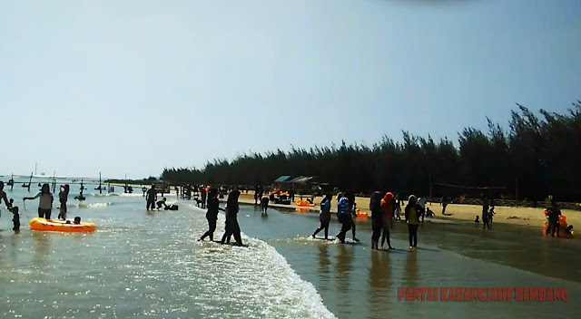 Pantai Karangjahe Menjadi Idola Masyarakat Rembang