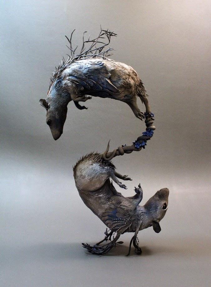 dos ratas hechas con plantas