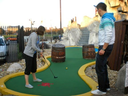 Minigolf in Southsea at Treasure Island Adventure Golf