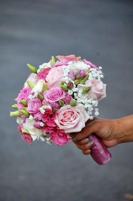 bo hoa cam tay co dau dep nhat